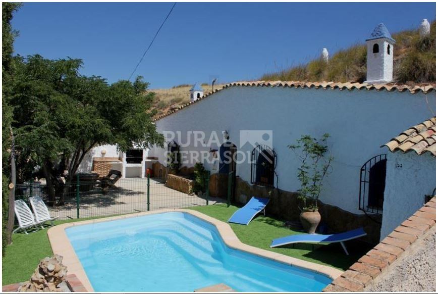 Casa rural preciosa casa cueva con piscina privada for Casa rural 2 personas piscina privada